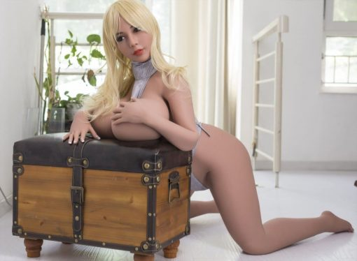 Sally - Sexpuppen von Villabagio - Real Sex Dolls